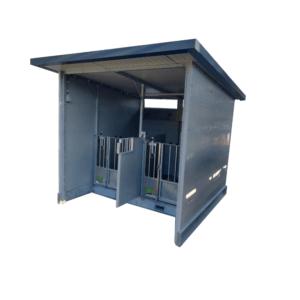 Box á veaux avec toit